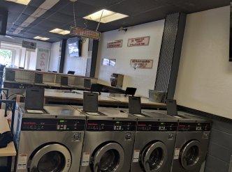 Laundromat in Orange County Main Image #1