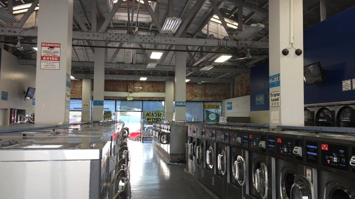Card-Operated Laundromat in Huntington Park Main Image #1
